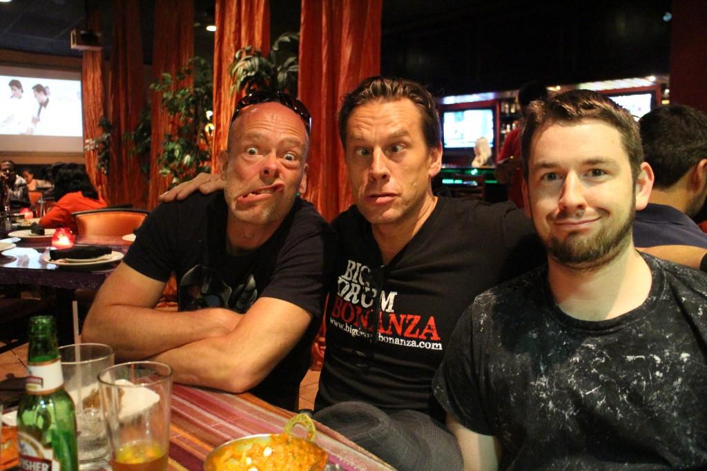 Fra middagen efter dag 3. Mig, Thomas og Matt….